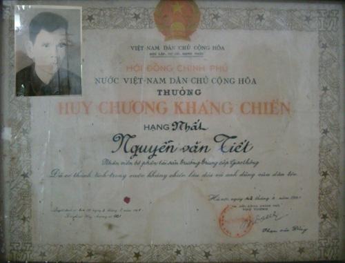 Đoàn đại biểu trường Cao đẳng GTVT về thăm Thôn Viên Đình- Ứng Hòa- Hà Đông cũ